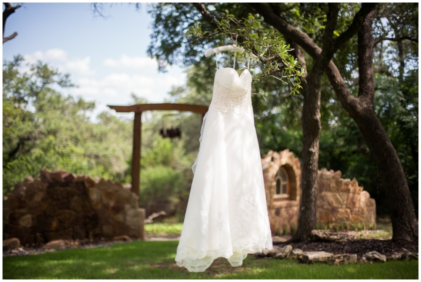 Kindred Oaks Texas Wedding- Haley & Austin_0001